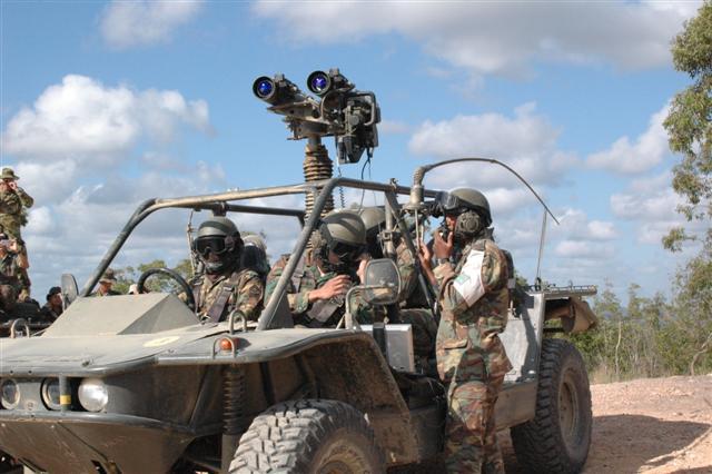 Forces armées de Singapour/Singapore Armed Forces (SAF) 995538our_weapons0.Par.0079.Image