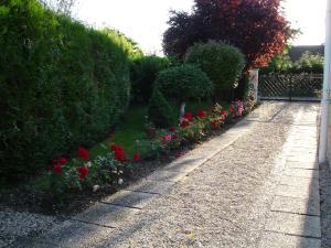 petit tour de la maison a l'extérieur - Page 2 Mini_375277DSC03618