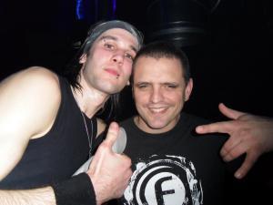 Vos photos avec des DJ's - Page 6 Mini_755195hardboystyle.5