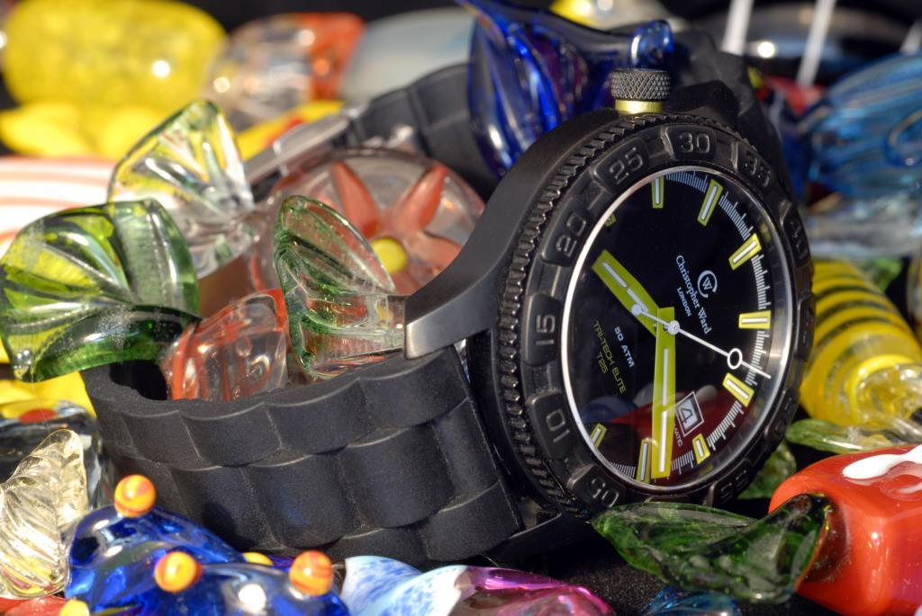 Un avis sur les montres Christopher Ward SVP. 19283301_trois_quarts_bonbon_1