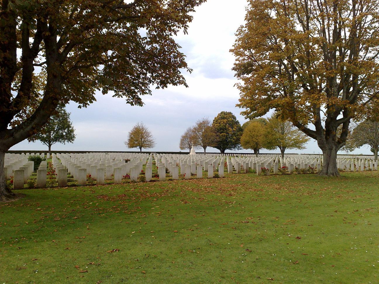 visite des cimetières du commonwealth.  200235002_1