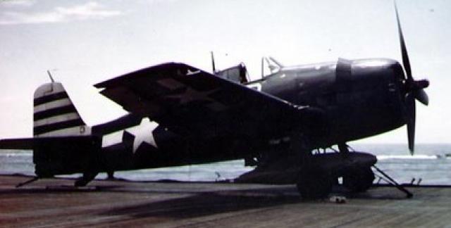 GRUMMAN F6F HELLCAT 200758F6F_5_VF_12_USS_Randolph_1945