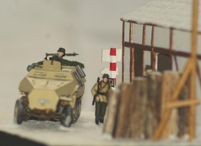 [Mes réalisations] Sd. Kfz 521 dans les Ardennes 2184515