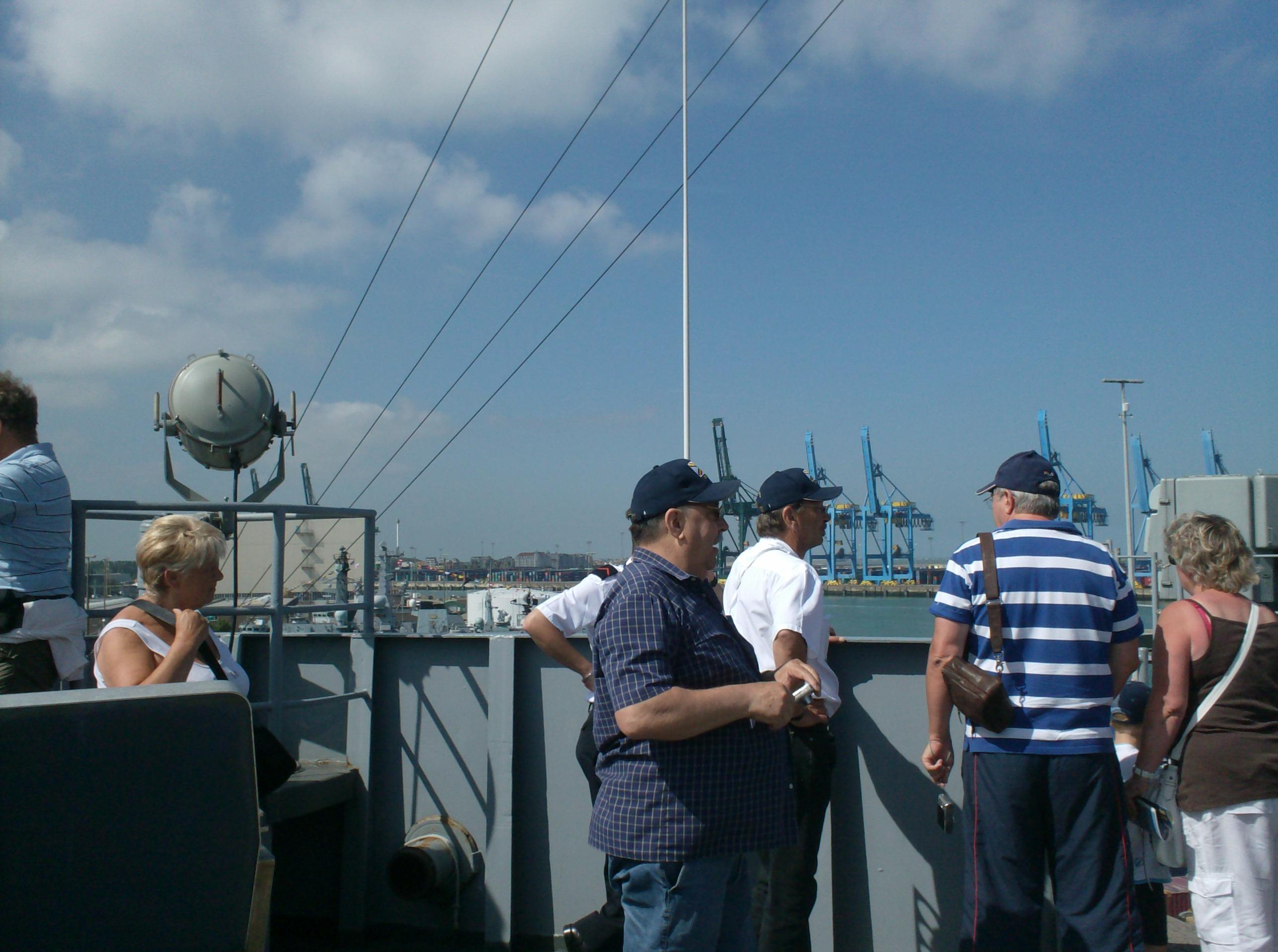 Vos photos du Navy Day 03&04/07/2010  - Page 2 225771HPIM1443