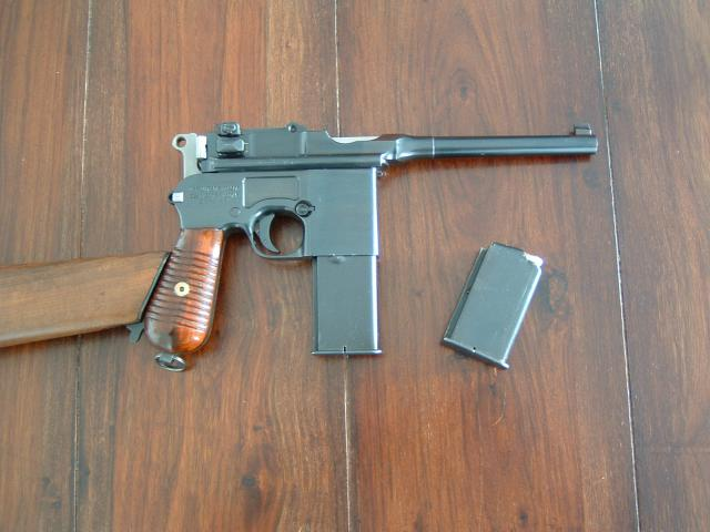 LES INCONTOURNABLES D'UNE COLLECTION - Page 2 244344Mauser_Schnell_side_1__monte_