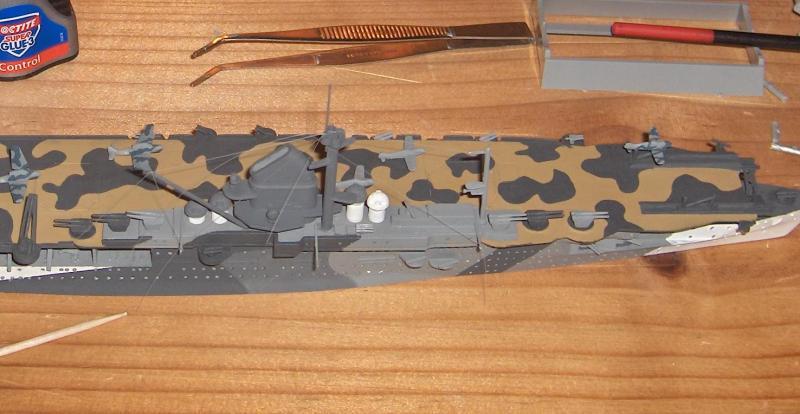 DKM Graf Zeppelin [revell 1/720] 244381HPIM1134