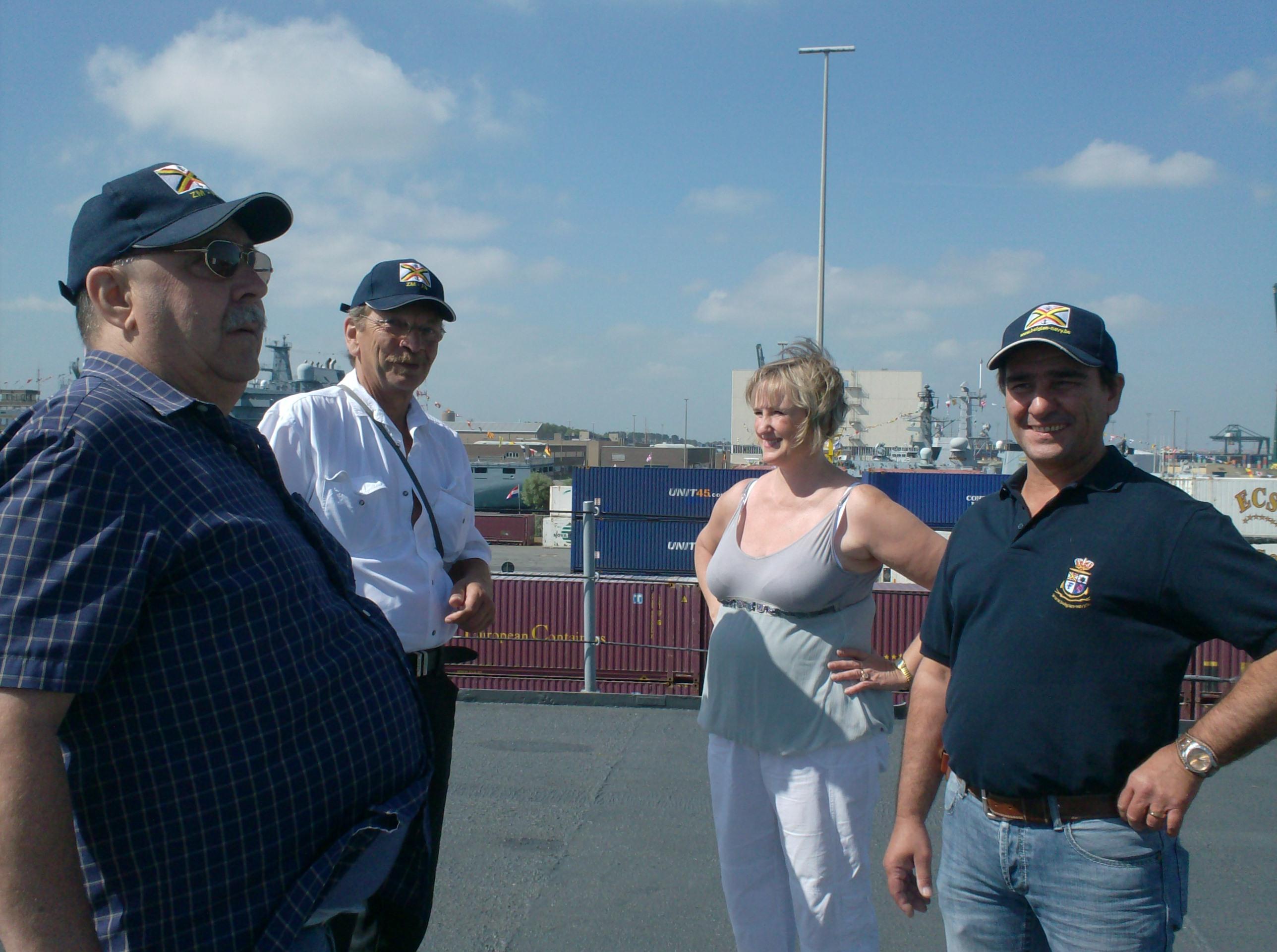 Vos photos du Navy Day 03&04/07/2010  - Page 2 24823HPIM1420