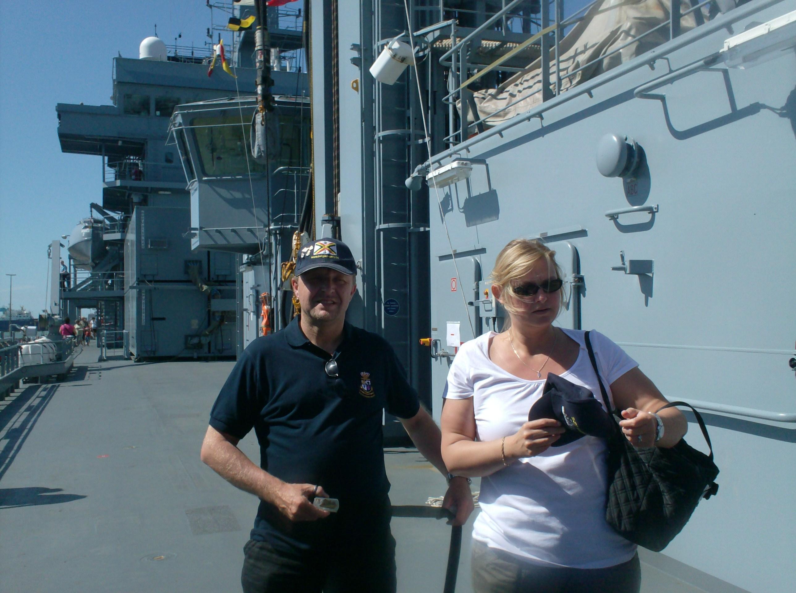 Vos photos du Navy Day 03&04/07/2010  - Page 2 287039HPIM1470
