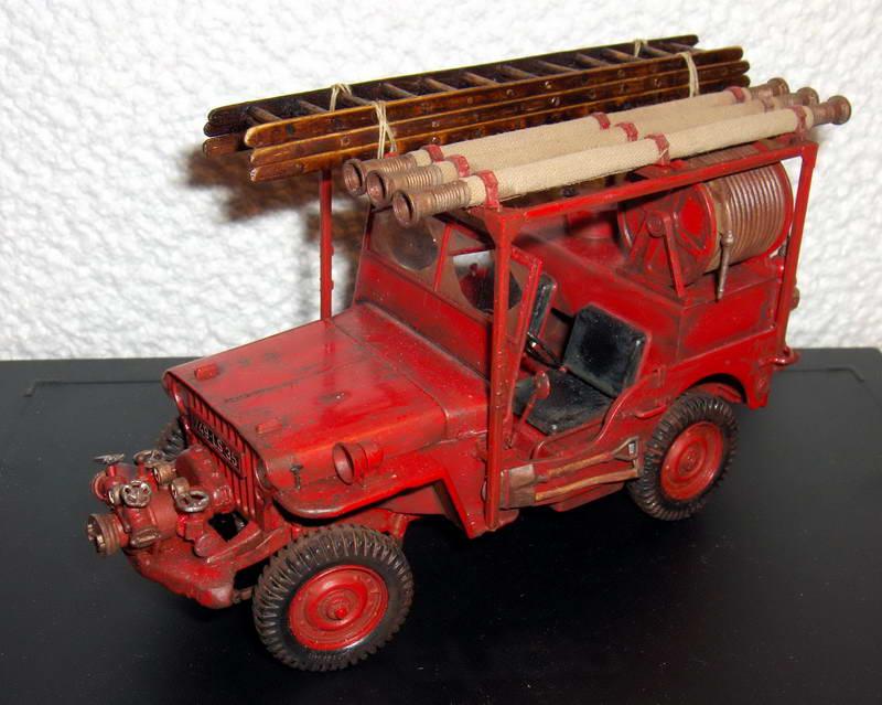 Fire jeep 1/24 Italeri terminée,les détails en photos 35125HPIM0991