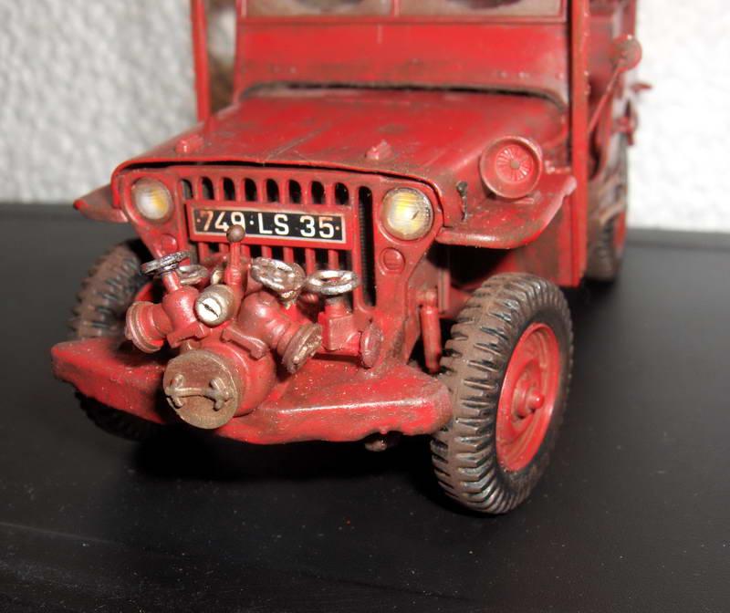 Fire jeep 1/24 Italeri terminée,les détails en photos 360199HPIM1013
