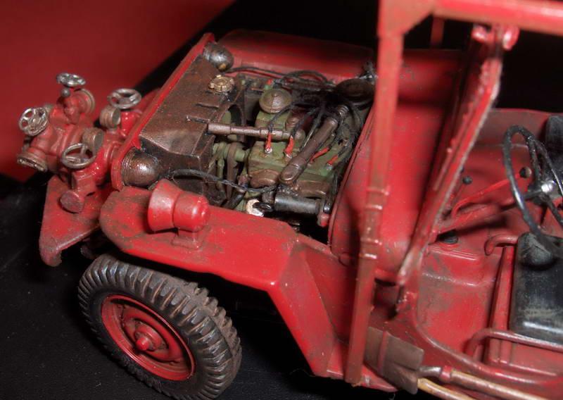 Fire jeep 1/24 Italeri terminée,les détails en photos 387841HPIM1025
