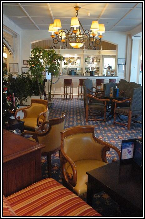 Disney's Newport Bay Club - Page 3 419617NPB_9956