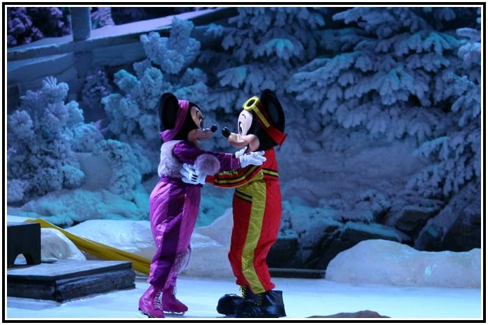 Spectacle Mickey et la magie de l'hiver 510241IMG_0180