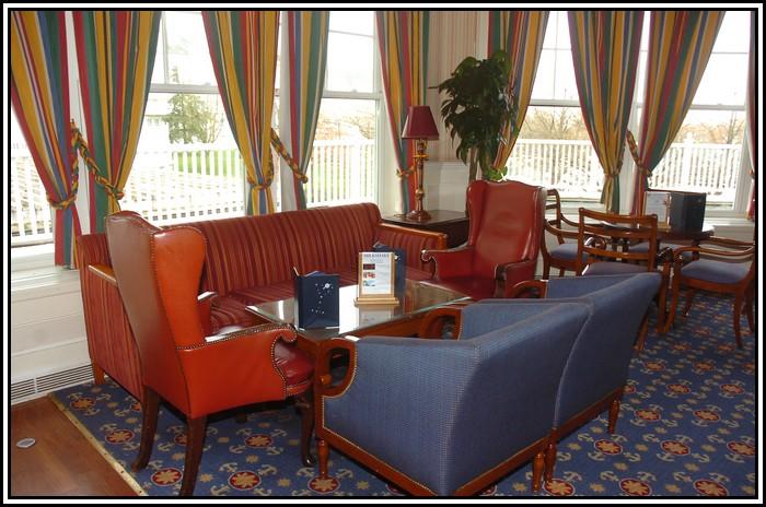 Disney's Newport Bay Club - Page 3 557346NPB_9740