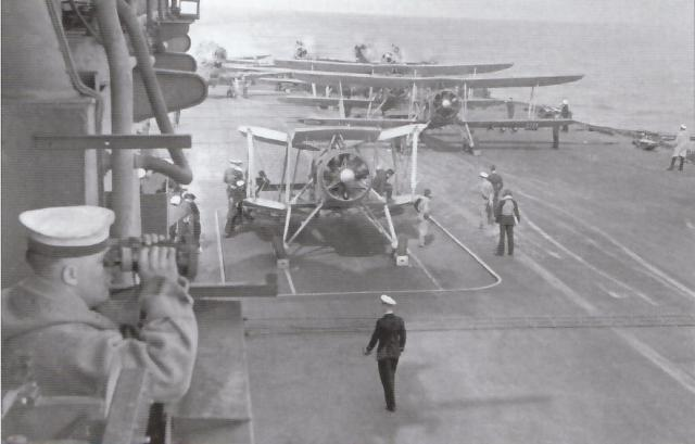FAIREY SWORDFISH 574948HMS_Illustrious_2