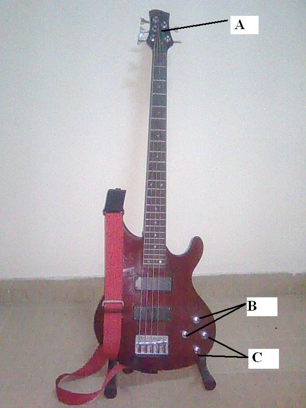 COIN GUITARE/BASSE - Page 2 605538bass2