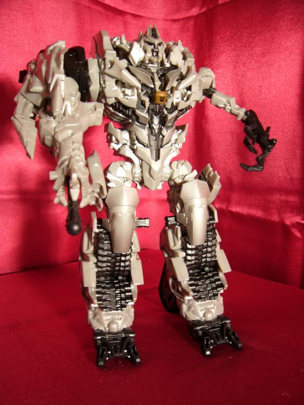 "Collection Nosfe ""Transformers & Hokuto No Ken & Cie"" 611821Megatron_2_bot"