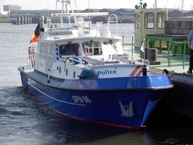 SCHEEPVAARTPOLITIE - POLICE DE LA NAVIGATION 615245IMAG0055