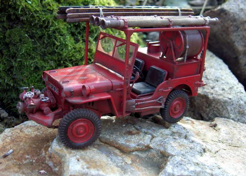 Fire jeep 1/24 Italeri terminée,les détails en photos 615797HPIM1055