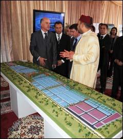 جلالة الملك يطلق أشغال إحداث المحطة الصناعية المندمجة للقنيطرة بكلفة 1.2 مليار درهم 68370820100424_B_ROIKENETRA