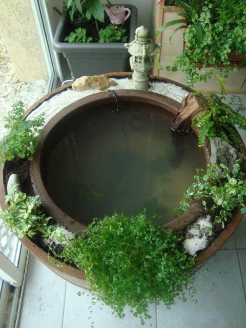 Petit bassin d'interieur bien pratique ! 71101301310