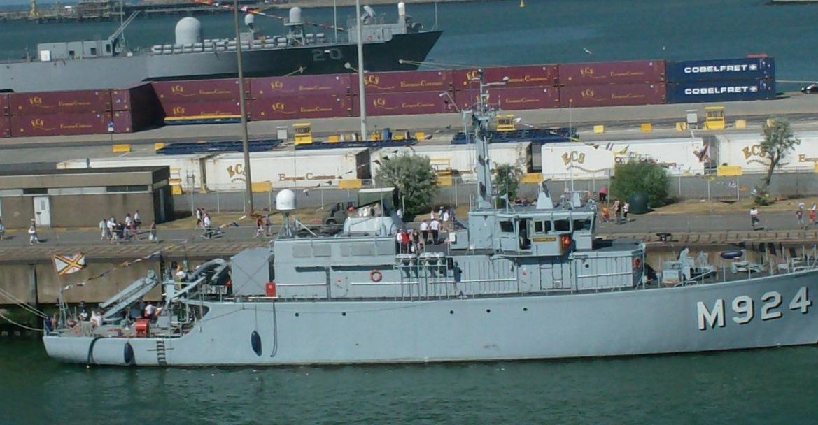 Vos photos du Navy Day 03&04/07/2010  - Page 2 723925HPIM1471