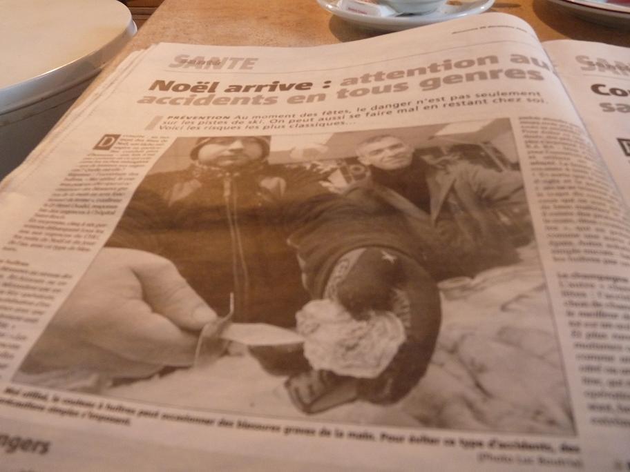 RICHE OU PAUVRE JEUNE OU VIEUX NOUS SOMMES EGAUX DEVANT LA FEERIE DE NOEL - Page 2 736044P1030151