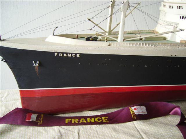 Paquebot France (1/200°) de Flash 800076france_1