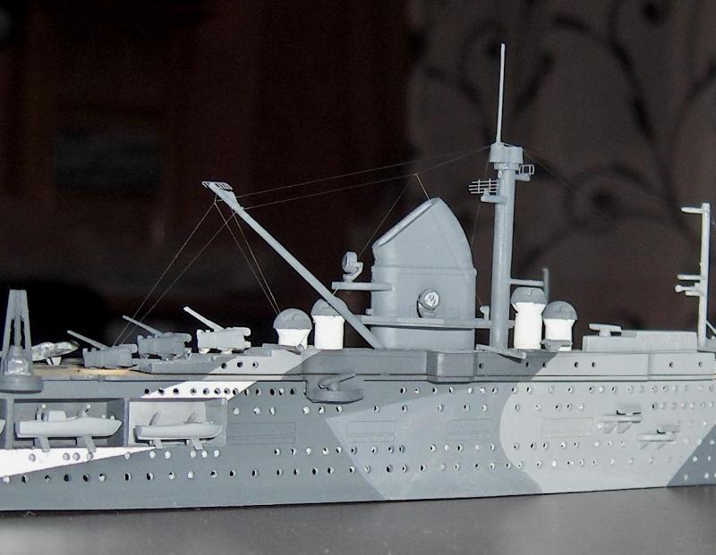 DKM Graf Zeppelin [revell 1/720] - Page 5 80480HPIM1259