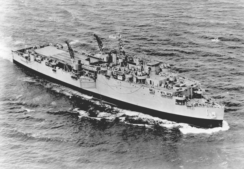 TRANSPORTS DE CHALANDS DE DEBARQUEMENT CLASSE FOUDRE 810109LSD_USS_Ashland