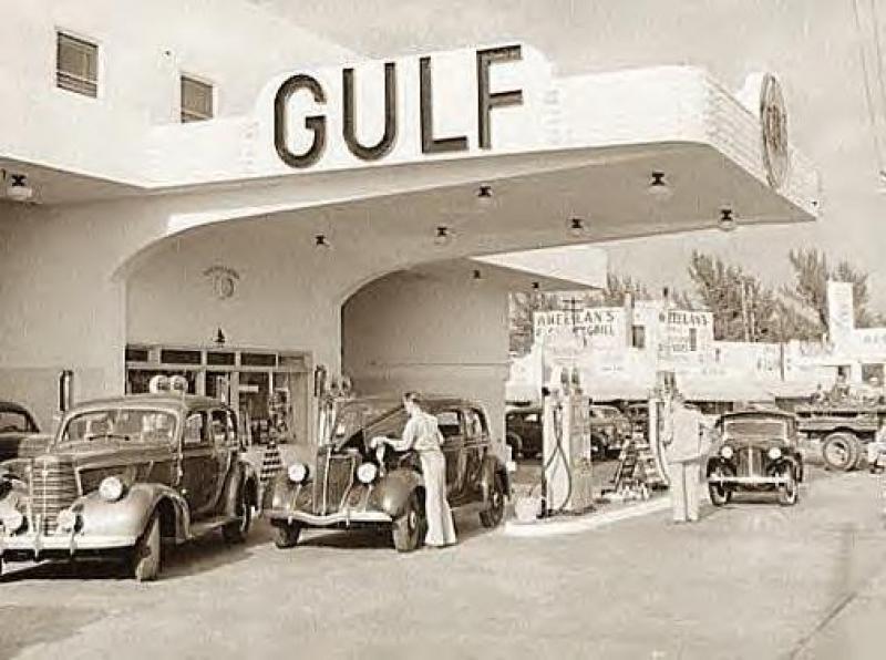Paysages urbains d'époque 825028982685Gas_Station__Miami_Beach__Florida__1939
