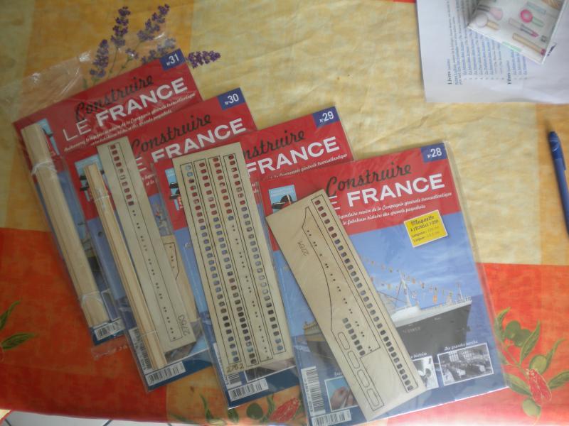 Paquebot France (Hachette 1/250°) par baboune - Page 2 840750DSCN1874