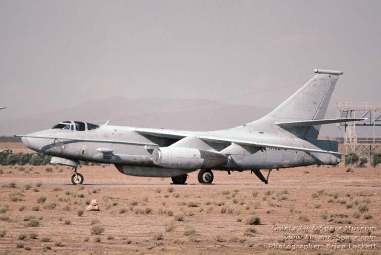 DOUGLAS A-3 SKYWARRIOR 847576ERA_3B