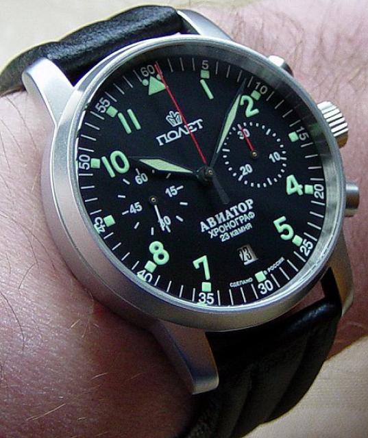 Cherche montre similaire à ce modèle de Montblanc 851122poljot_aviator