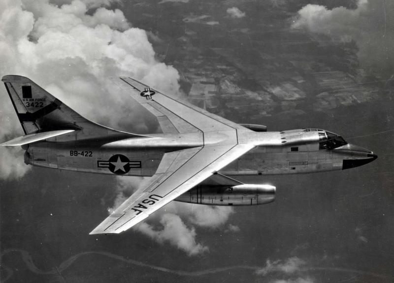 DOUGLAS A-3 SKYWARRIOR 8558B_66
