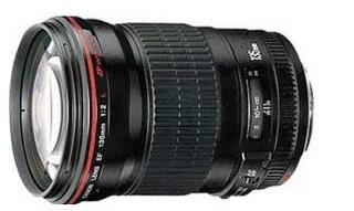 appareil photo 882508Canon_EF_135mm_f_2_0_L_USM_Lens