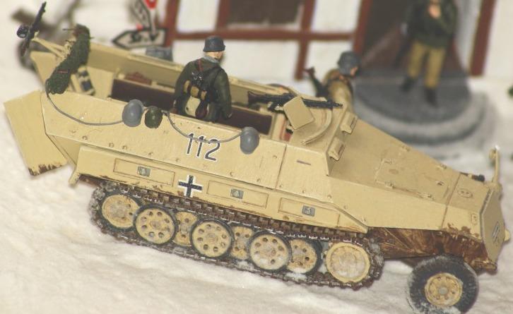 [Mes réalisations] Sd. Kfz 521 dans les Ardennes 93673810