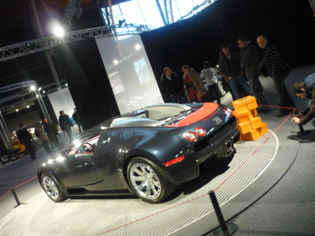 2010 - [Exposition] Les 100 ans de Bugatti 96805712