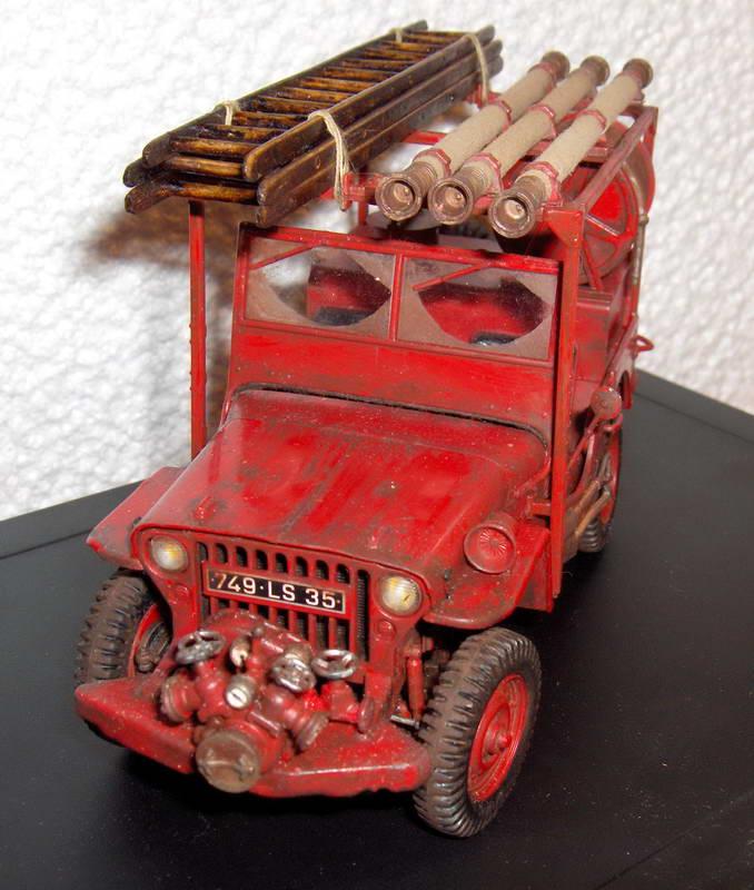 Fire jeep 1/24 Italeri terminée,les détails en photos 98067HPIM0990
