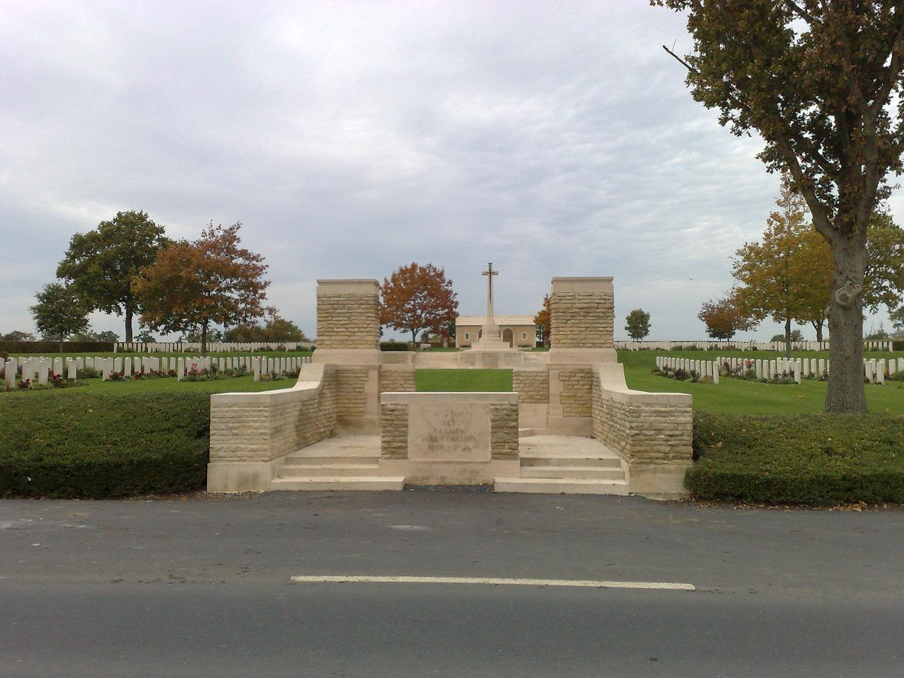 visite des cimetières du commonwealth.  986625007_1