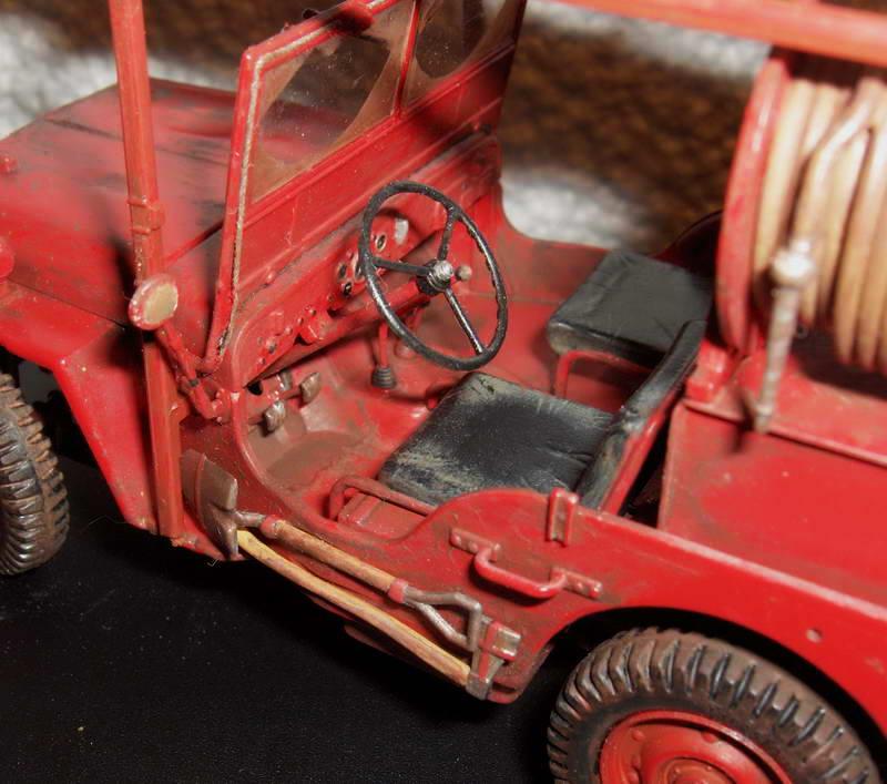 Fire jeep 1/24 Italeri terminée,les détails en photos 991572HPIM1007