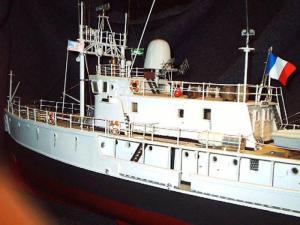 Calypso (Billing Boats 1/45°) par APRUZ Mini_368581VUE_BABORD