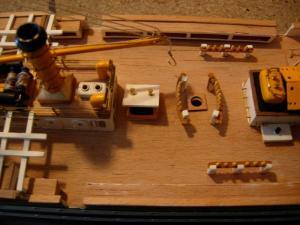 maquette Amérigo Vespucci 1/100 de chez Mantua - Page 5 Mini_371114DSCN4233
