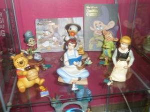 Walt Disney Classics Collection - Enesco (depuis 1992) - Page 6 Mini_604368PA260062