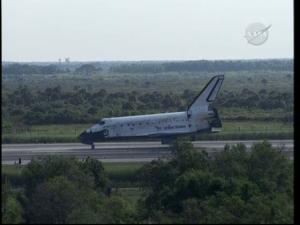 [STS-131] Discovery : Retour sur terre  20/04/2010 - Page 11 Mini_60569vlcsnap_00036