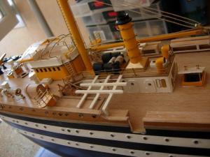 maquette Amérigo Vespucci 1/100 de chez Mantua - Page 5 Mini_85510DSCN4220