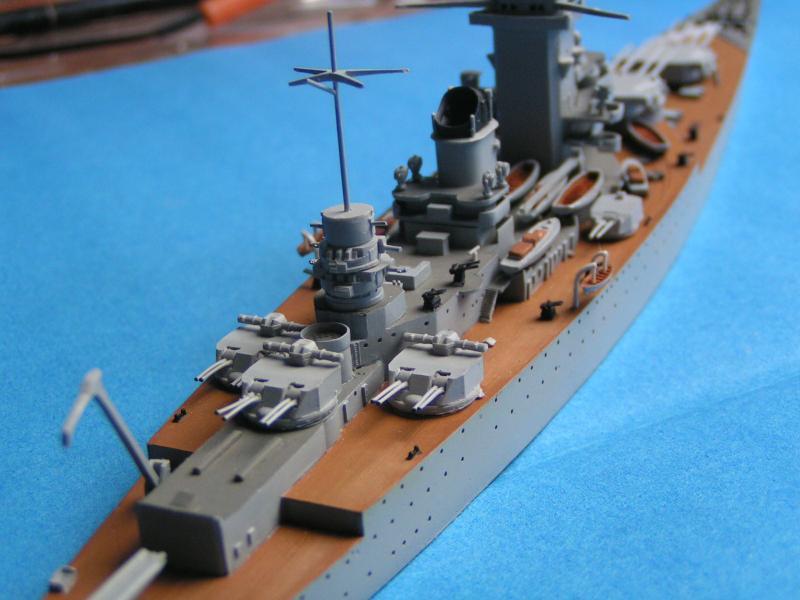 Croiseur de bataille Strasbourg au 700 en résine 110527PICT0010