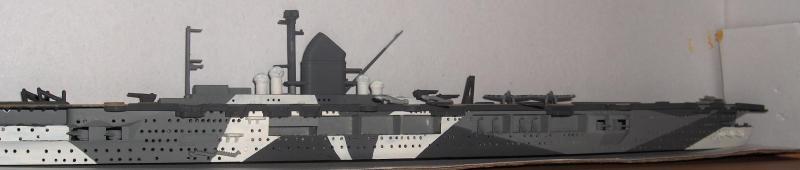 DKM Graf Zeppelin [revell 1/720] 127533HPIM1070