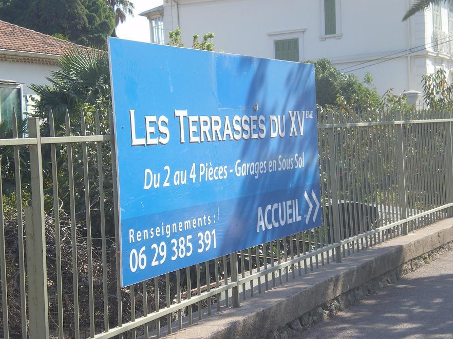 MEME LES ROMAINS SE SONT ARRETES A FREJUS ..ALORS LES PARISIENS !!! 284671IMGP7058