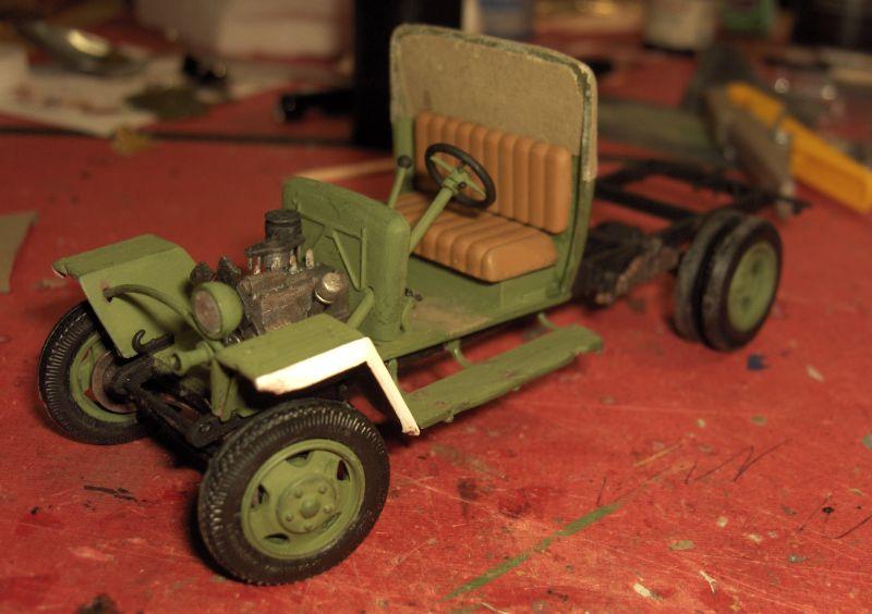 Camion Russe GAZ-MM de 1943 Zvezda 1/35 - Page 2 31091HPIM1761